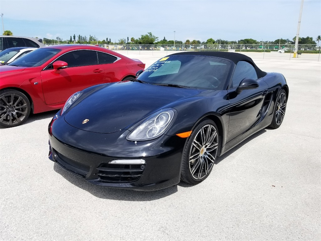 Pre-Owned 2016 Porsche Boxster Base