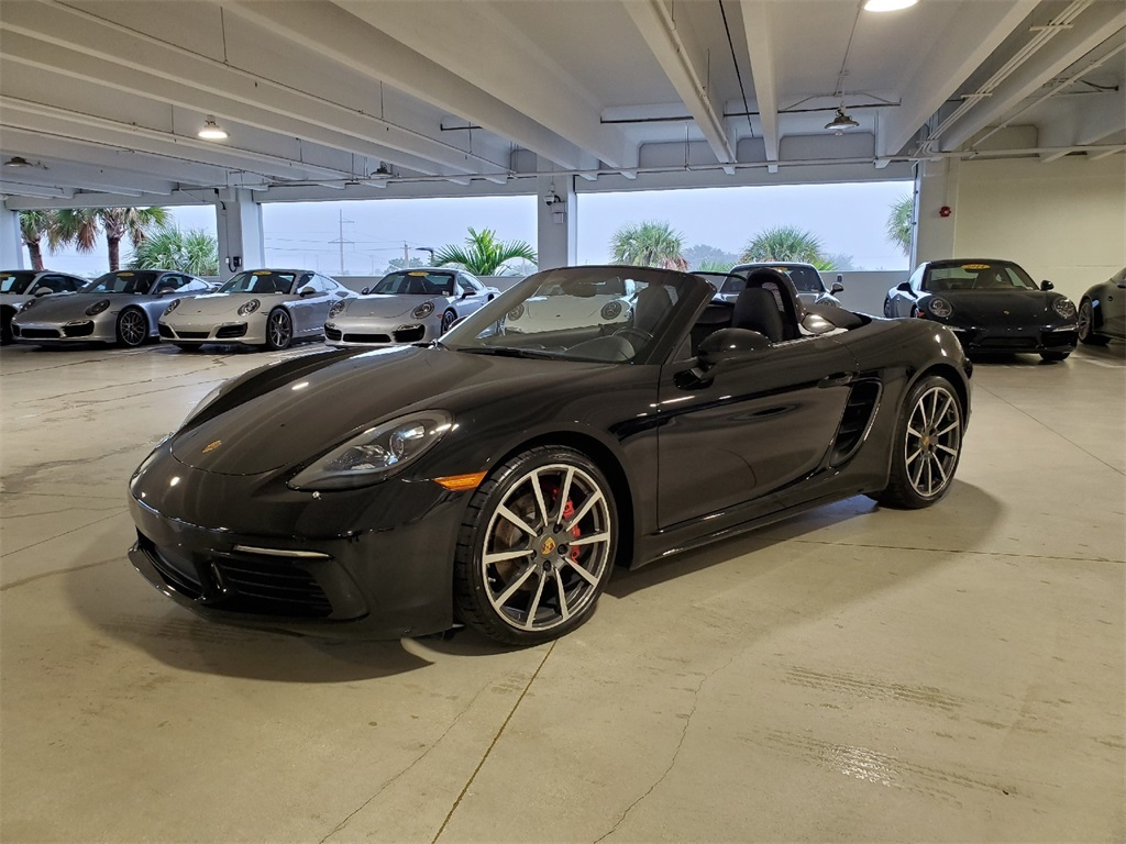 Certified Pre-Owned 2017 Porsche 718 Boxster S