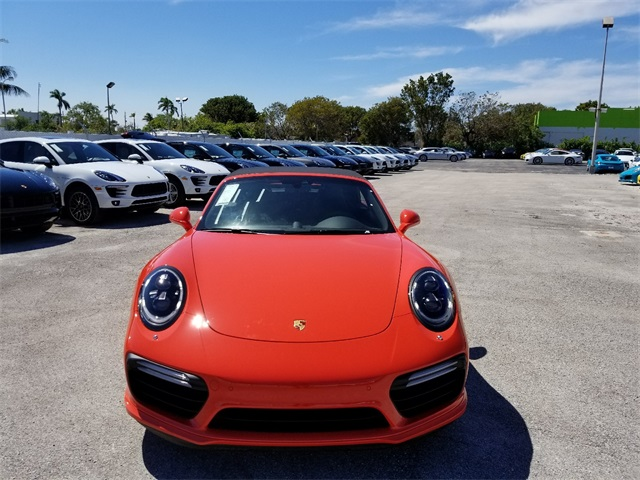 New 2018 Porsche 911 Turbo