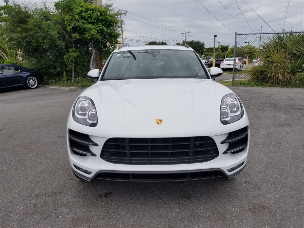 New 2018 Porsche Macan Turbo